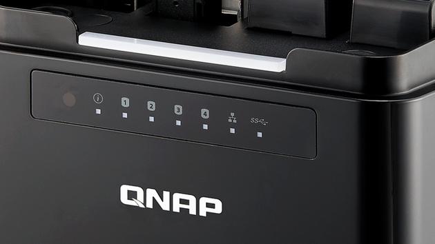 QNAP TS-453mini: NAS mit Hochkant-HDDs kommt für 429 Euro
