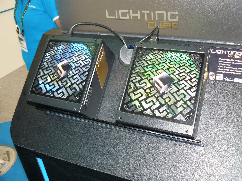 Seasonic Lightning Cube