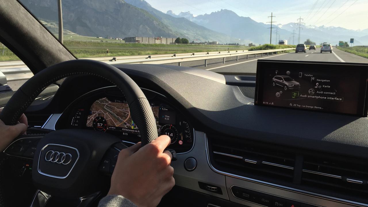 Erfahrungsbericht: Apple CarPlay und Android Auto im neuen Audi Q7 ausprobiert