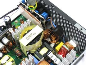 XFX XTR 550 Watt – Eingangsfilterung