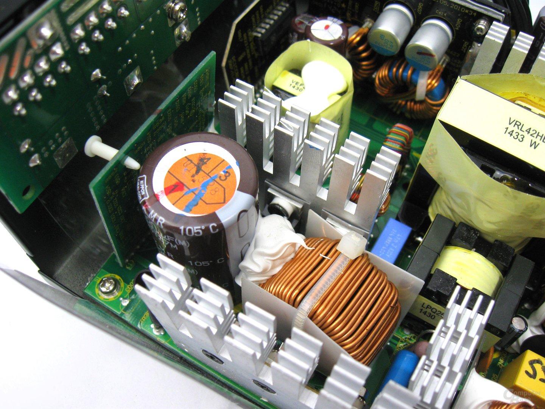 Fractal Design Edison M 550 Watt – Primärseite