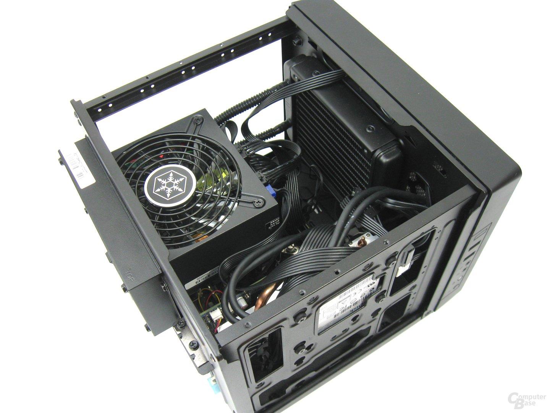 Cooler Master Elite 110 mit SFX-L-Netzteil