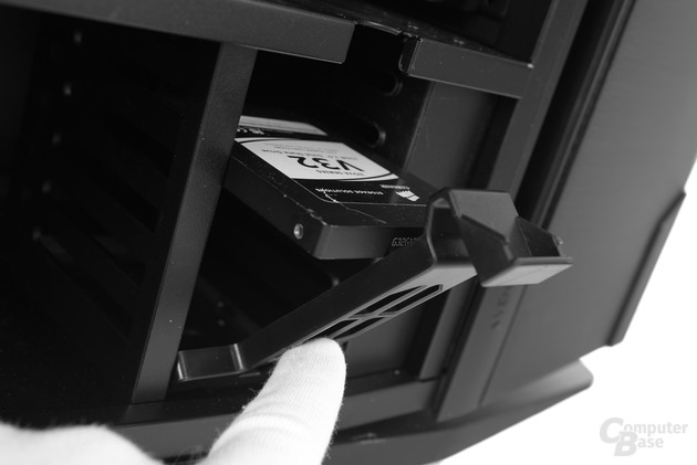 """Antec Signature S10 – Festplattenkäfig für acht 2,5""""-Laufwerke"""