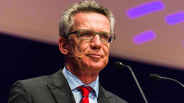 """Innenminister: BND """"zu 100 Prozent"""" für Spionage-Skandal verantwortlich"""