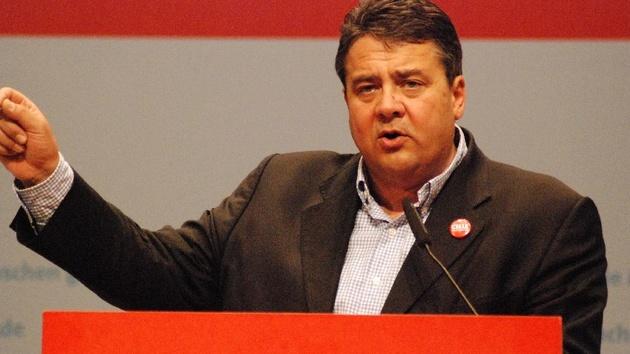 Vorratsdatenspeicherung: SPD-Parteitag stimmt für Überwachungsgesetz