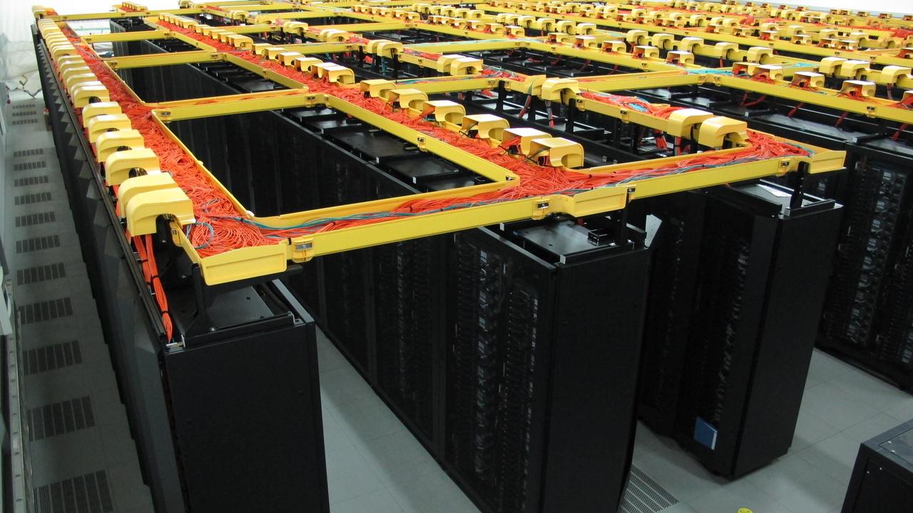 Supercomputer: SuperMUC mit verdoppelter Leistung zurück in den Top 10