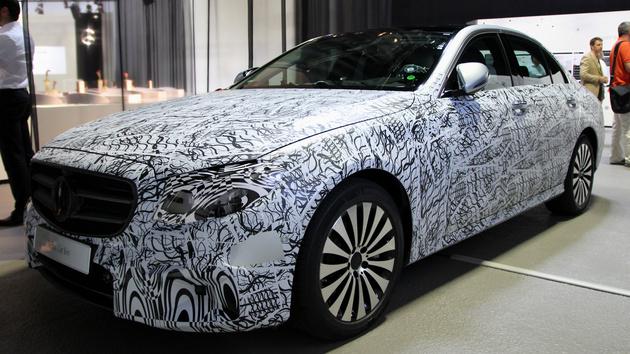 Mercedes-Benz: Wenn das Smartphone die E‑Klasse parkt