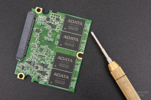 """Adata XPG SX930 mit """"halber"""" Platinengröße"""