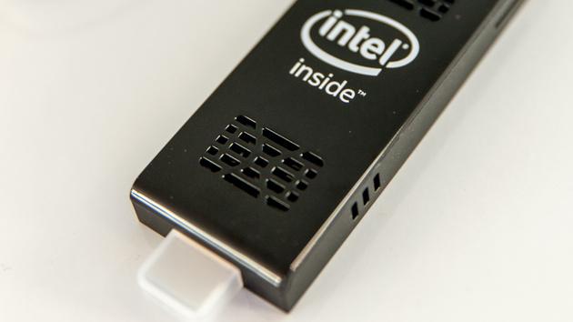 NEXXT PC Stick: Mini-PC für den HDMI-Anschluss mit externer WLAN-Antenne