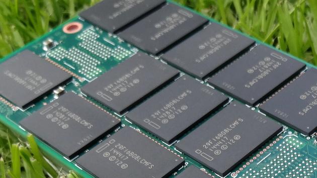 Intel DC P3608: SSD mit 5.000 MB/s über PCIe 3.0 x8 für Rechenzentren