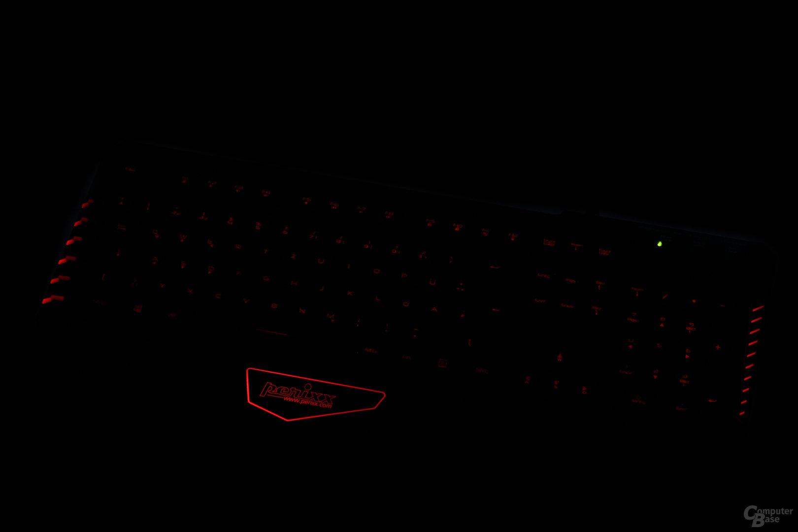 Rot ist hingegen merklich dunkler