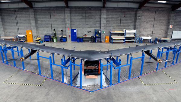 Projekt Aquila: Facebooks Internet-Drohne hat 42 Meter Spannweite