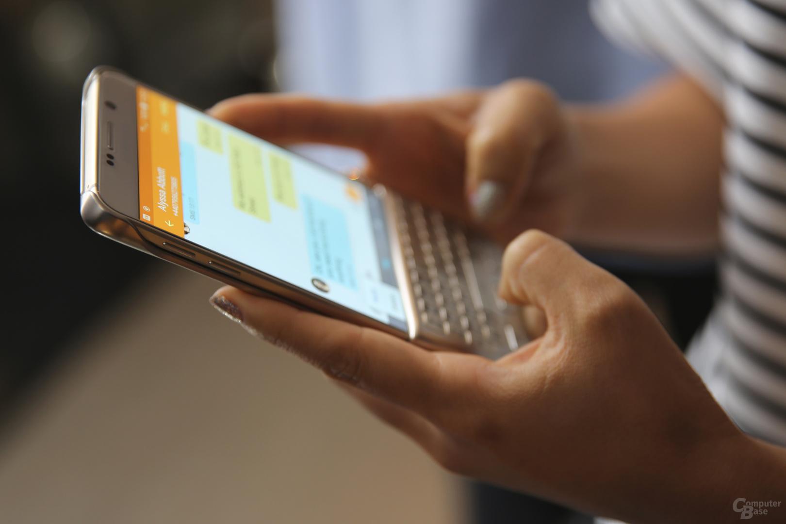 Interessantes Zubehör wie eine auf das Display steckbare Tastatur