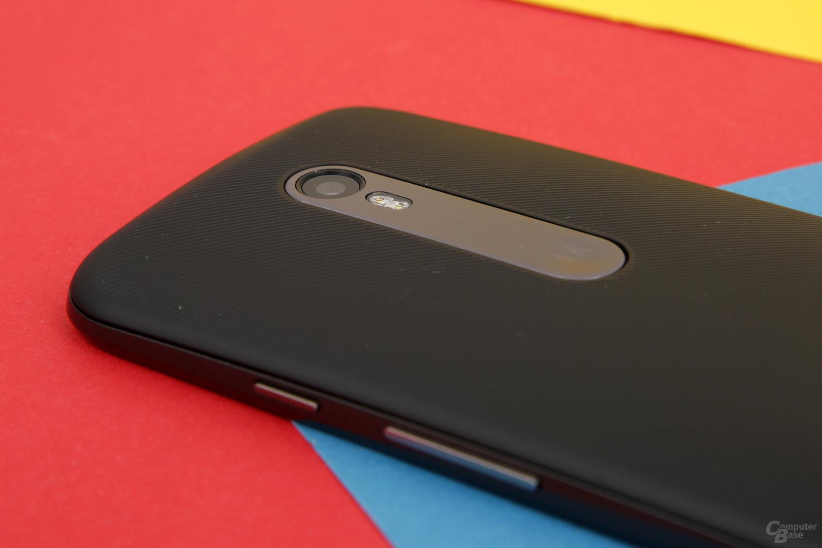Farbe von Rückseite und Akzenten können im Moto Maker selbst bestimmt werden