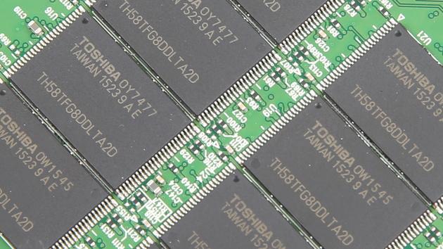 Plextor M6V 256 GB im Test: Der neue SSD-Einstieg mit 15-nm-MLC und SMI‑Controller
