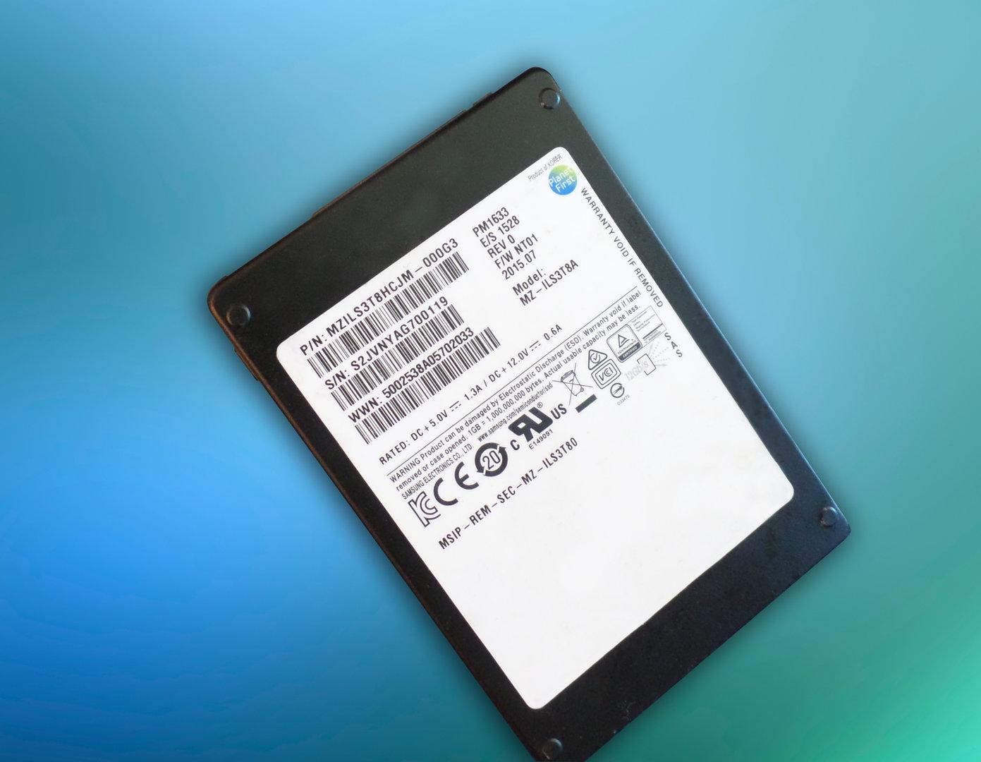 Samsung PM1633 mit SAS-Schnittstelle