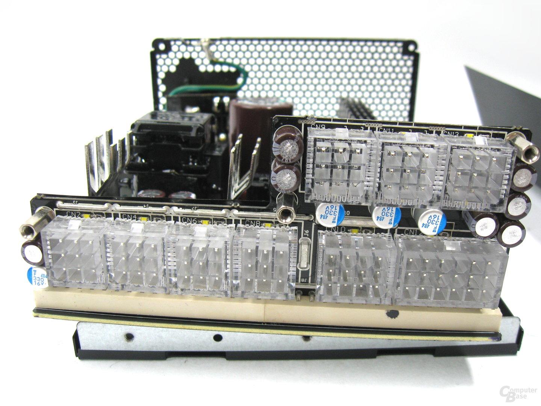 Super Flower Leadex Platinum 550W – Modulare Anschlussplatine