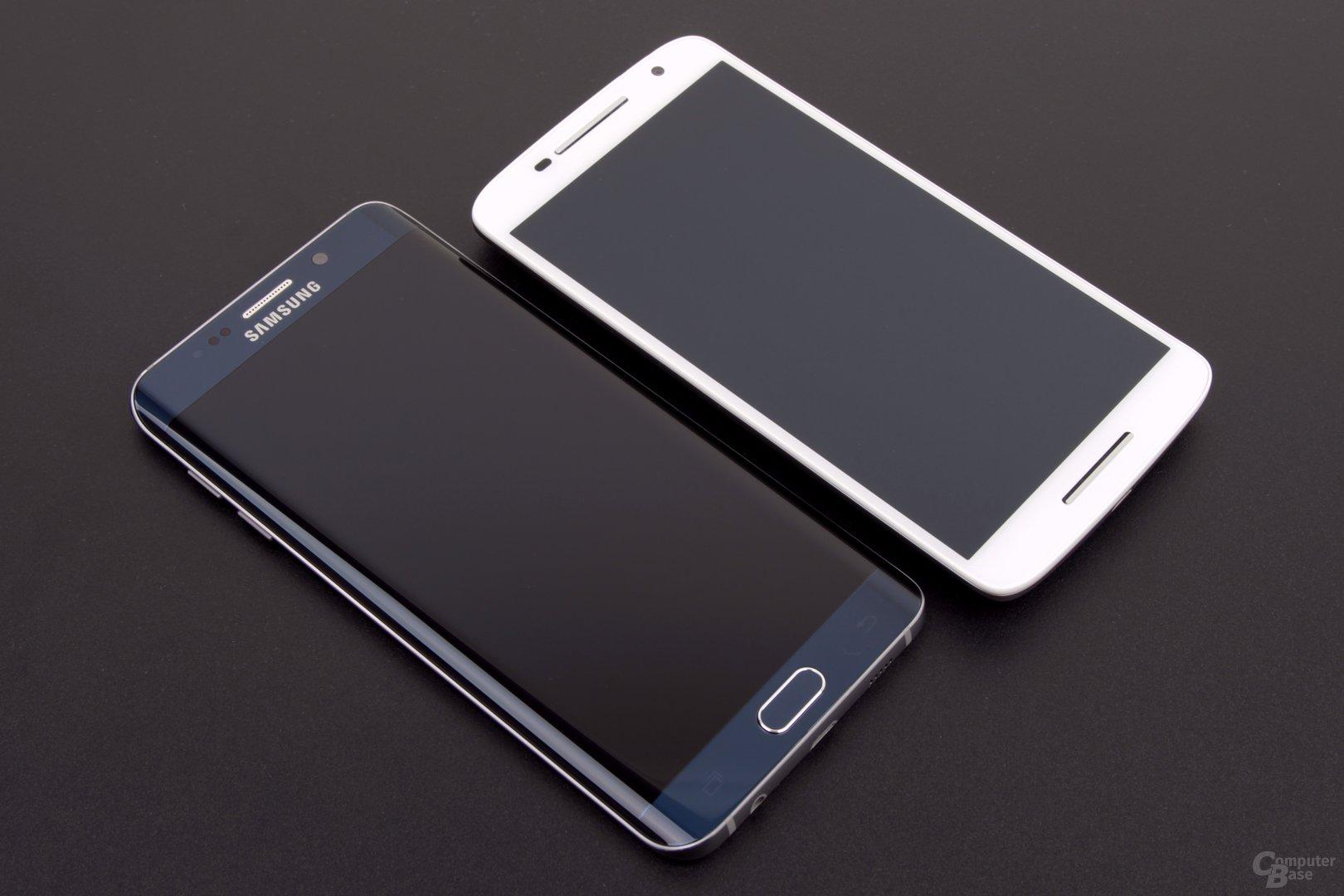 Auch von vorne nutzt nur Samsung ein Logo