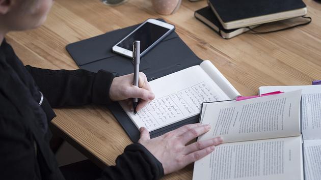 Wacom Bamboo Spark: Notizbuch und Stift für digitalisierte Handschrift