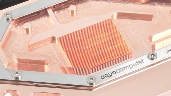 Radeon R9 Nano: Lieferbar ab 699 Euro und erster Wasserkühler