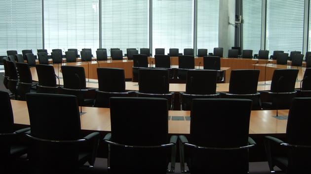 Vorratsdatenspeicherung: Verhärtete Fronten bei Anhörung im Bundestag