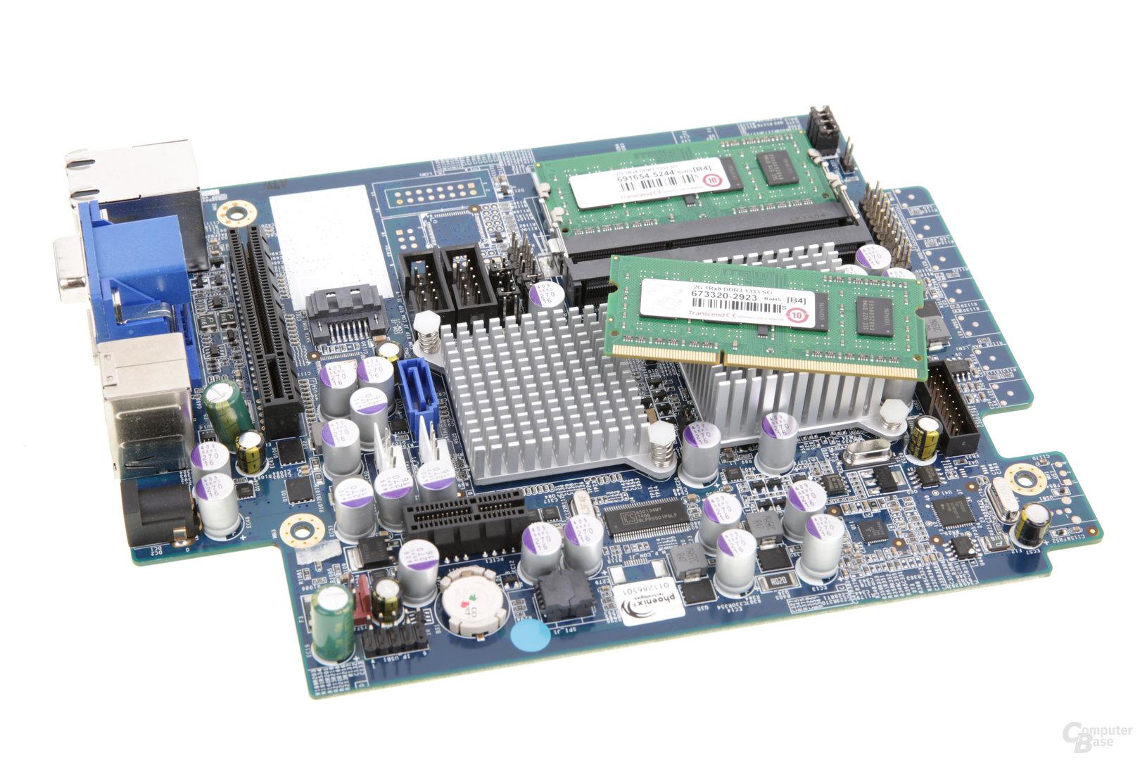 Thecus W2000+ – Der SO-DIMM ist leicht auswechselbar