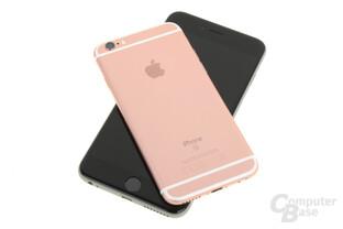 Apple iPhone 6s Roségold auf iPhone 6s Plus