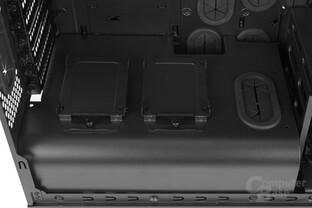"""Thermaltake Suppressor F31 – Zwei zusätzliche 2,5""""-Plätze"""