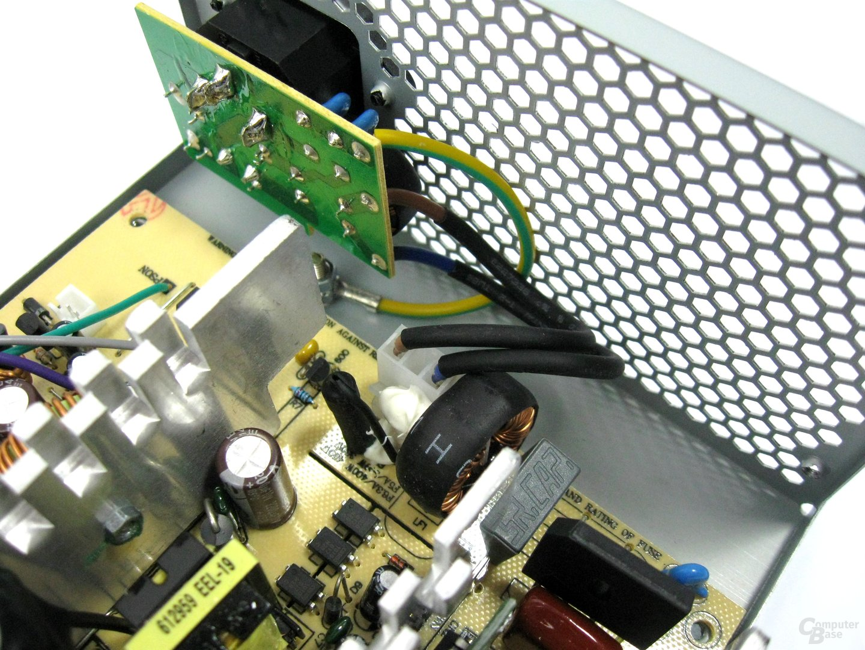LC-Power LC500-12 – Eingangsfilterung