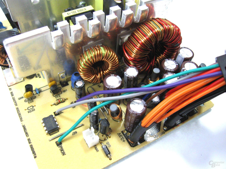 LC-Power LC500-12 – Sekundärseite