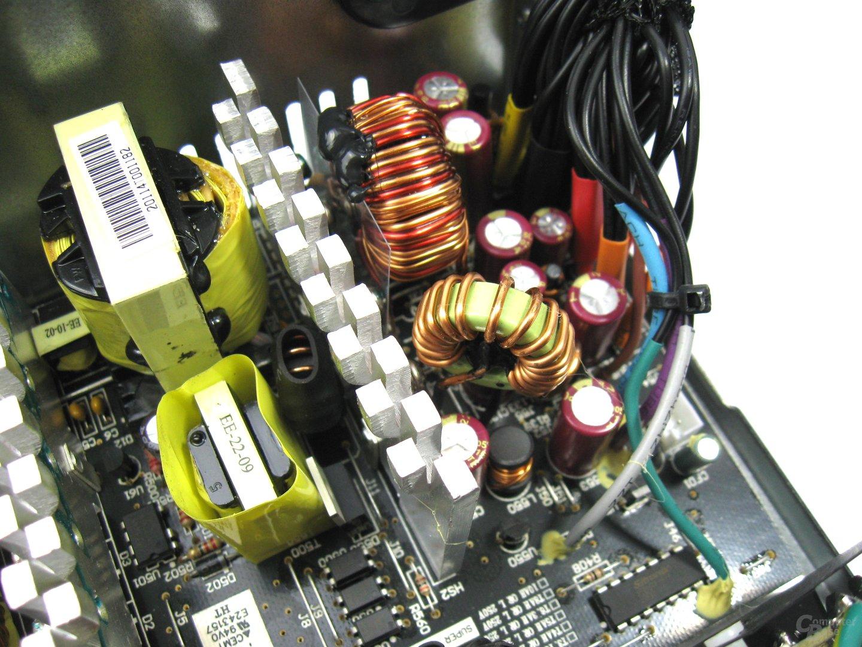 Super Flower Bronze FX 350 Watt – Sekundärseite