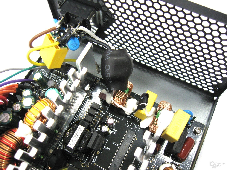 Xilence Performance C 350 Watt – Eingangsfilterung