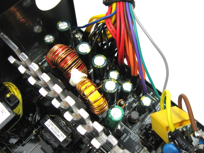Xilence Performance C 350 Watt – Sekundärseite