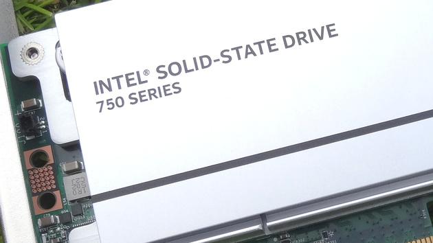EK-FC I750 SSD: Wasserkühler für Intels schnelle PCIe-SSD