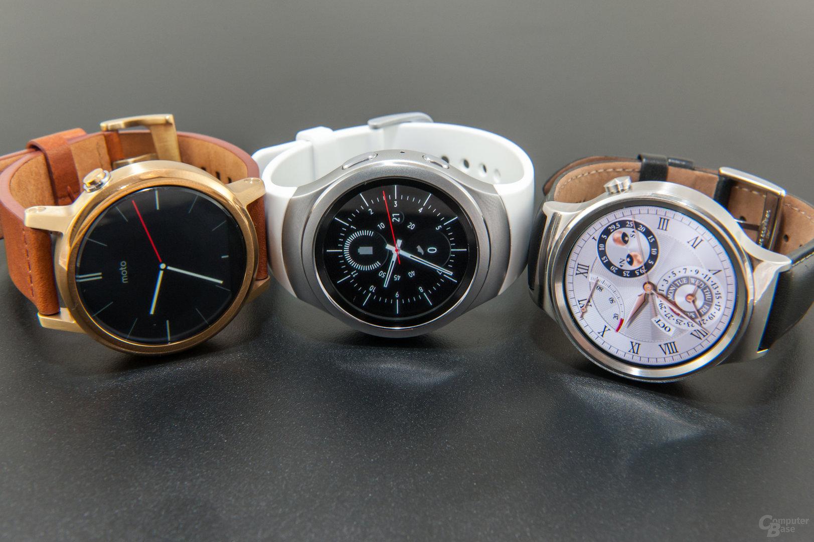 runde smartwatches im test gear s2 gegen huawei watch. Black Bedroom Furniture Sets. Home Design Ideas