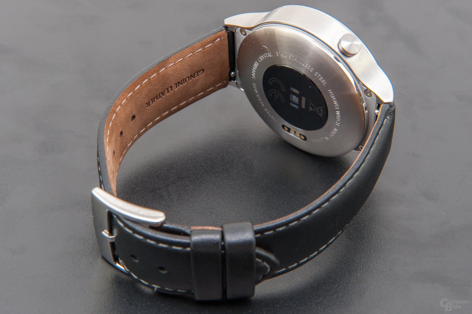 Huawei Watch Classic – Bodenansicht