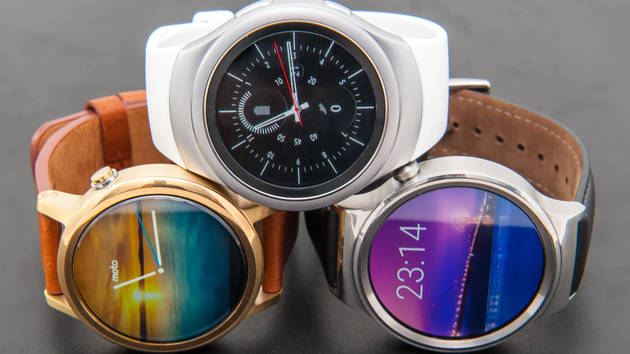 Runde Smartwatches im Test: Gear S2 gegen Huawei Watch gegen Moto 360 2.0