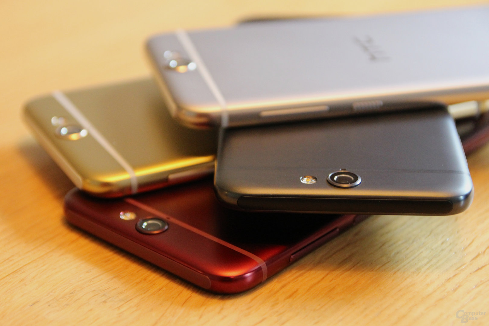 HTC One A9 in Opal Silver, Carbon Grey, Topaz Gold, Deep Garnet