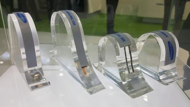 Gebogene Akkus: LG und Samsung zeigen Akkubänder für Smartwatches