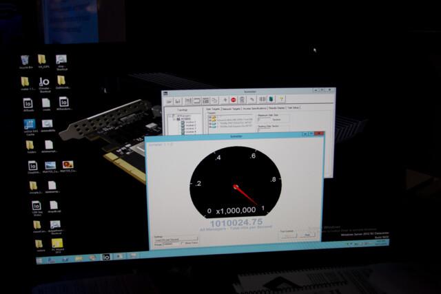 Iometer pendelt bei rund einer Million IOPS ein