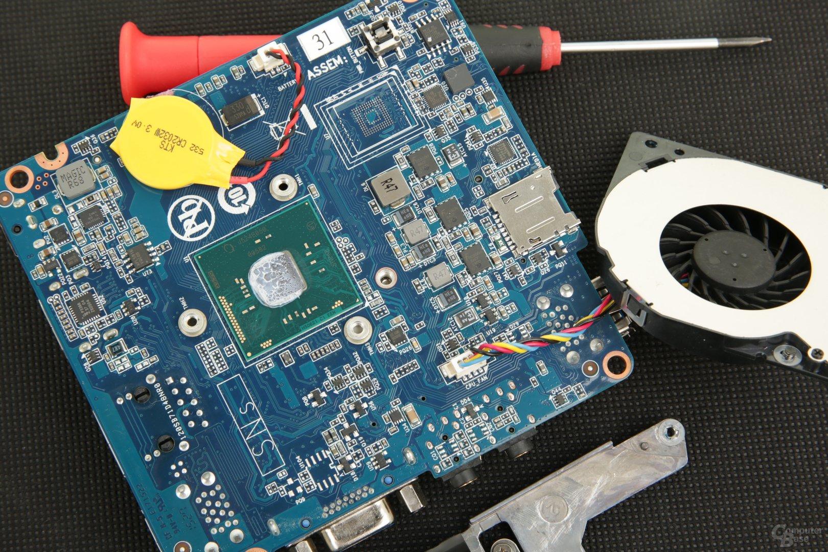 Gigabyte Brix GB-BACE-3150 mit aktiver Kühlung