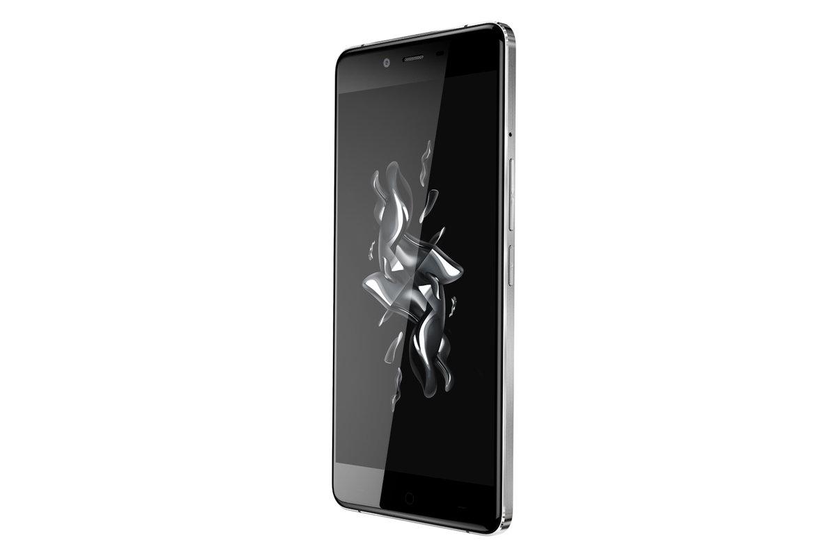 OnePlus X mit Glas-Gehäuse