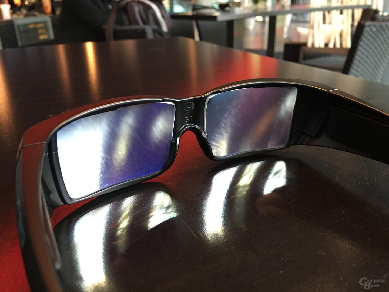Auch von innen spiegeln die neuen Brillen