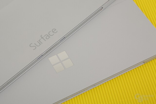 Aus Surface wird das Windows-Logo