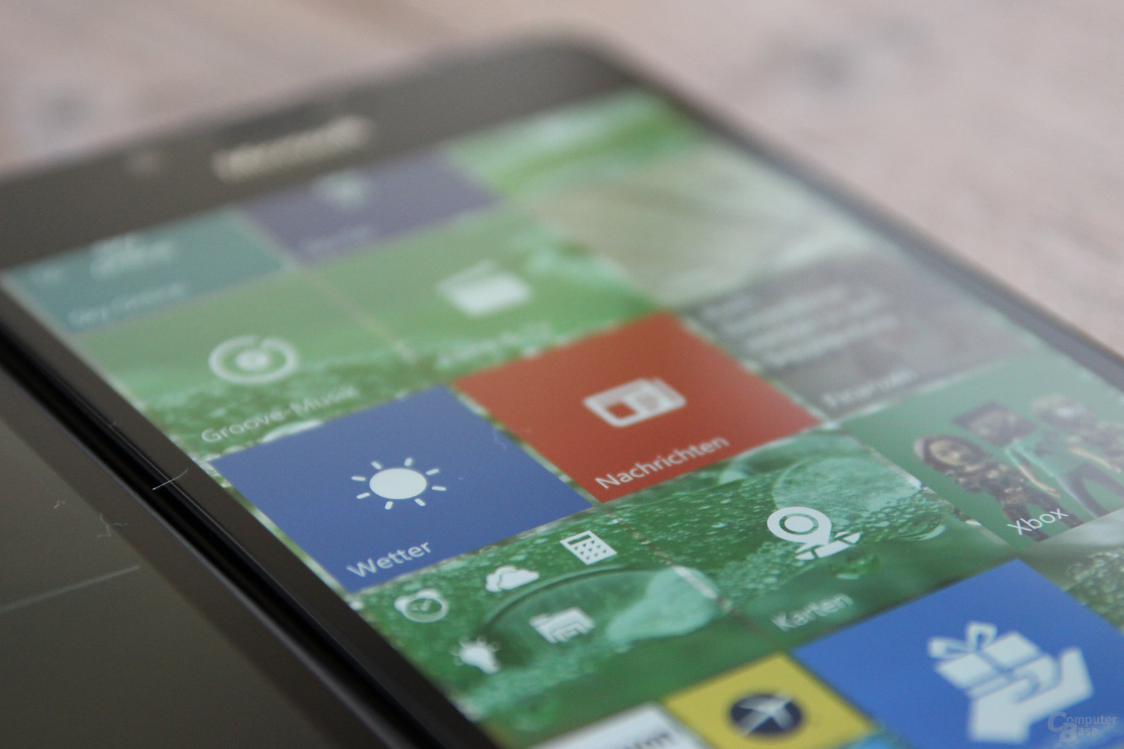 564 ppi beim Lumia 950