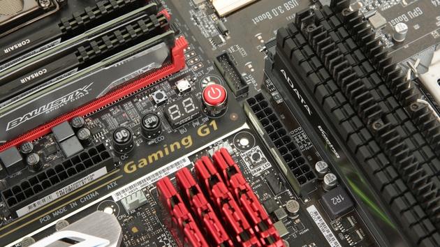 Samsung: Mit 144 Chips zu DDR4-Riegeln mit 128 GByte