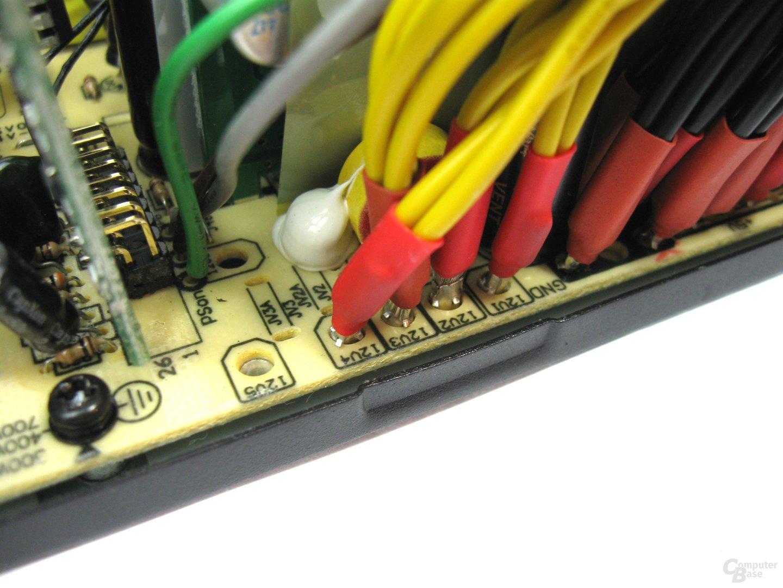 Super Flower Golden Green HX 350 Watt – Rails