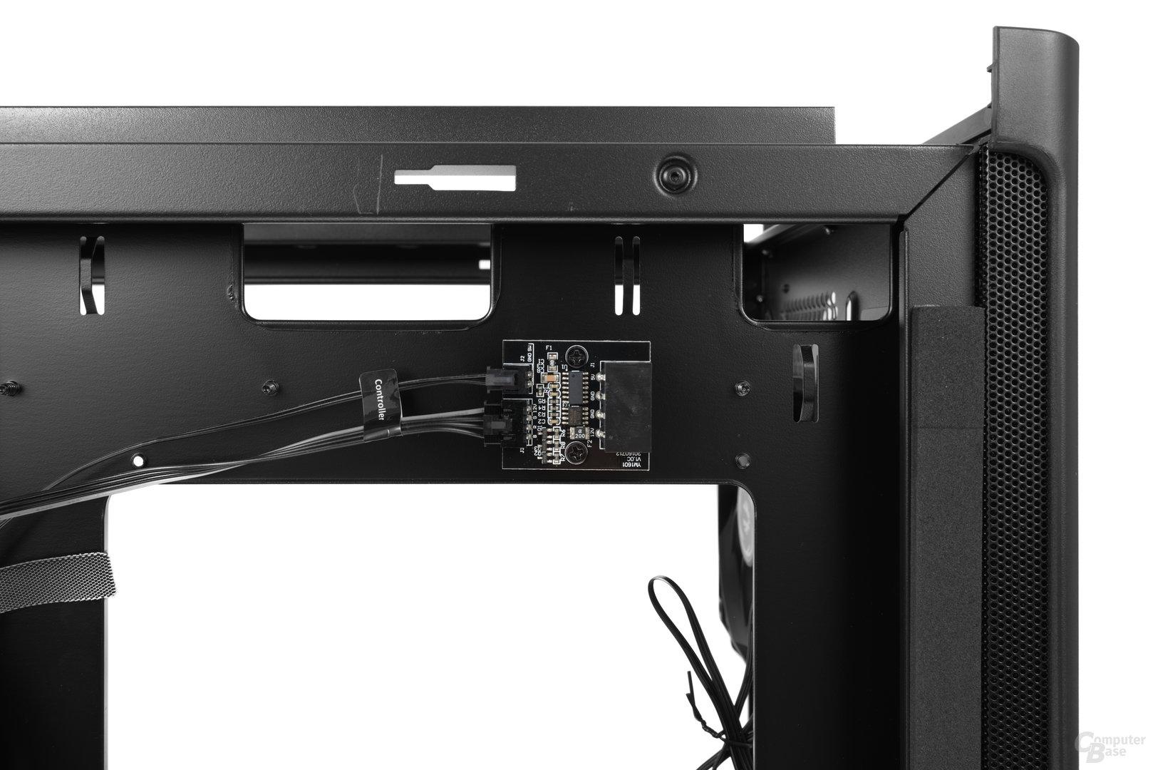 BitFenix Shogun – Platine für die LEDs in den beiden Festplattenkäfigen