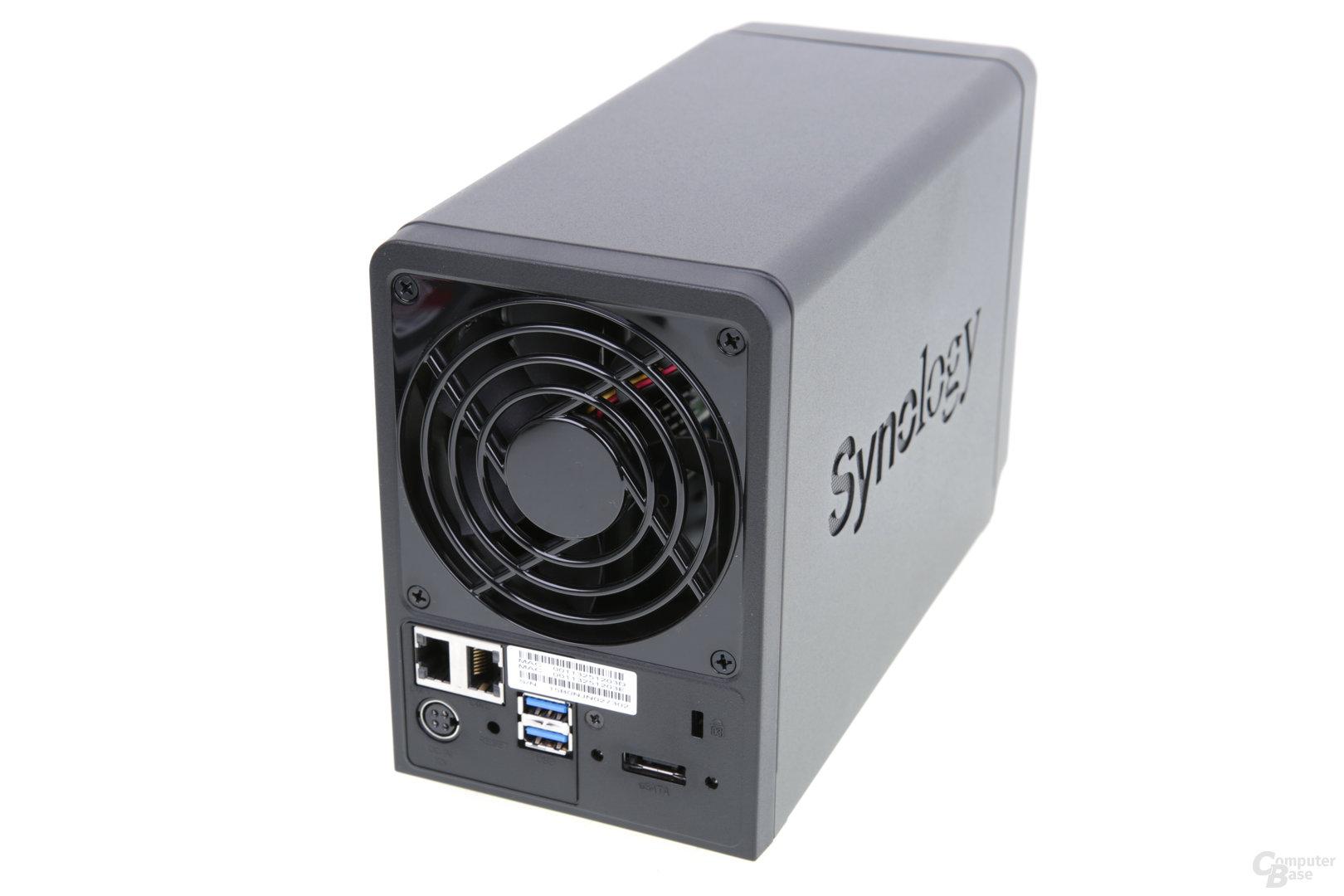 Synology DS716+ – Rückseite mit LAN, eSATA und USB 3.0