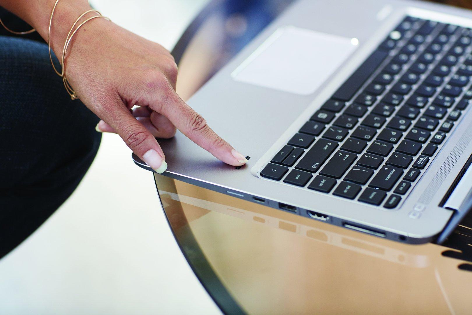 Das HP EliteBook 1040 G3 mit Fingerabdruckscanner